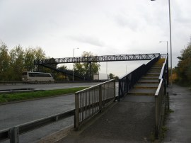 Footbridge over the A40