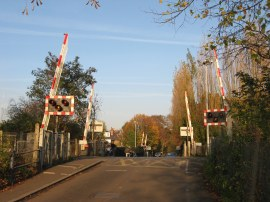 Level Crossing, Vine Road