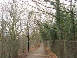 Path by Ealing Golf Course